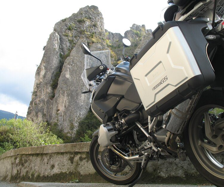 bmw motorcycle panniers - motorcycle touring for beginners